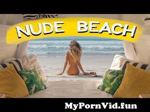 a nudistának merevedése van férfi pénisz vastagsága
