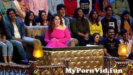 View Full Screen: kiara and kareena secrets revealed best of uncensored the kapil sharma show.jpg